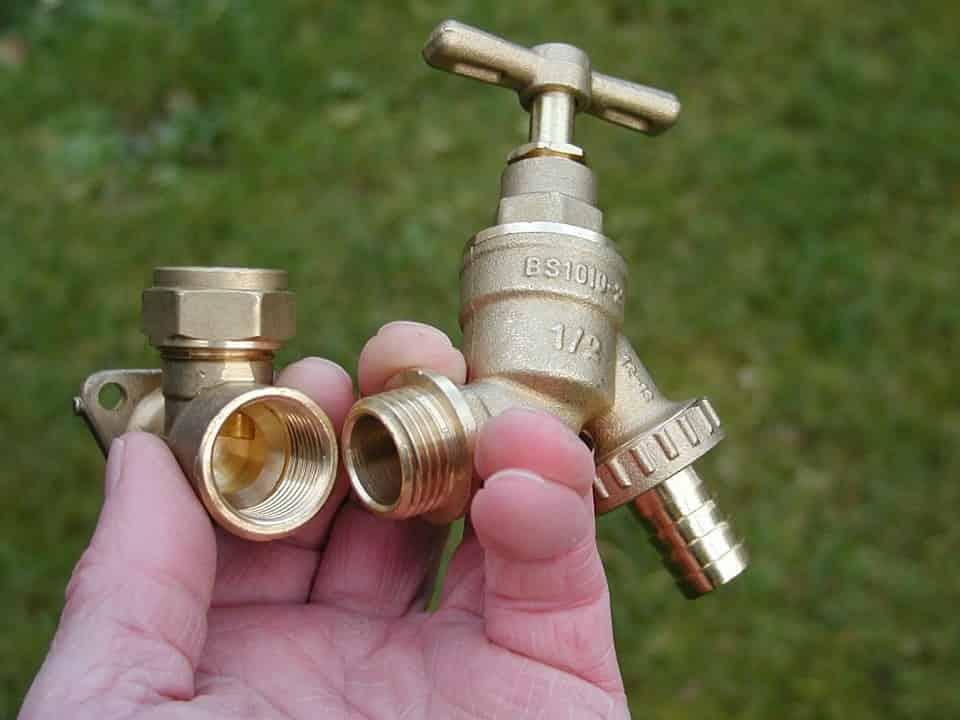 vízszerelés házilag